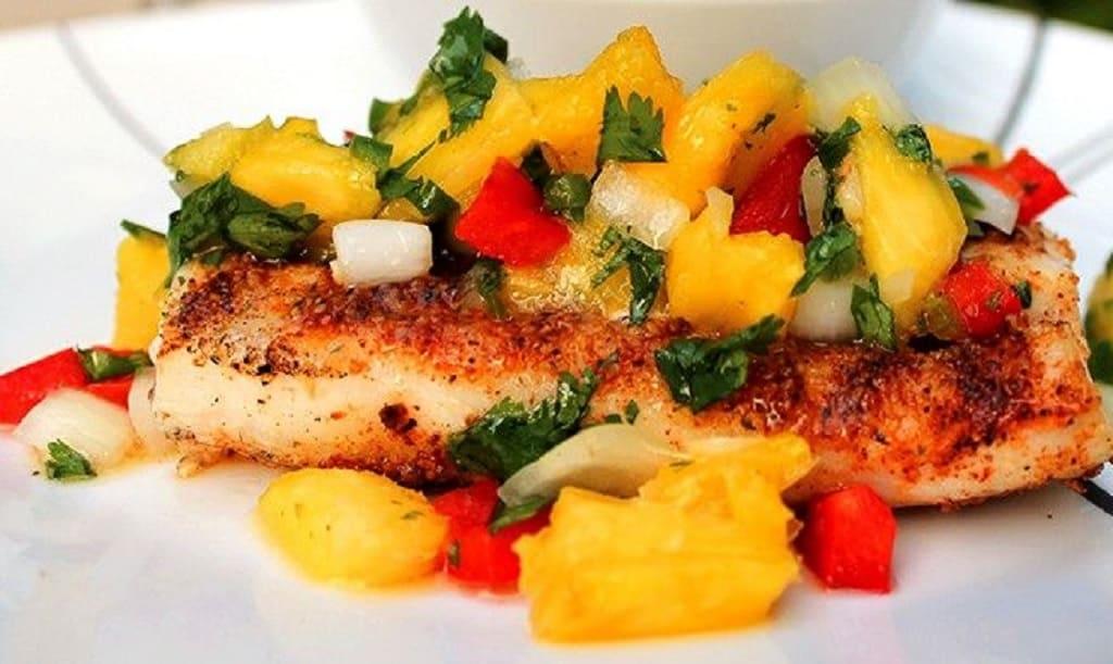 آناناس و ماهی