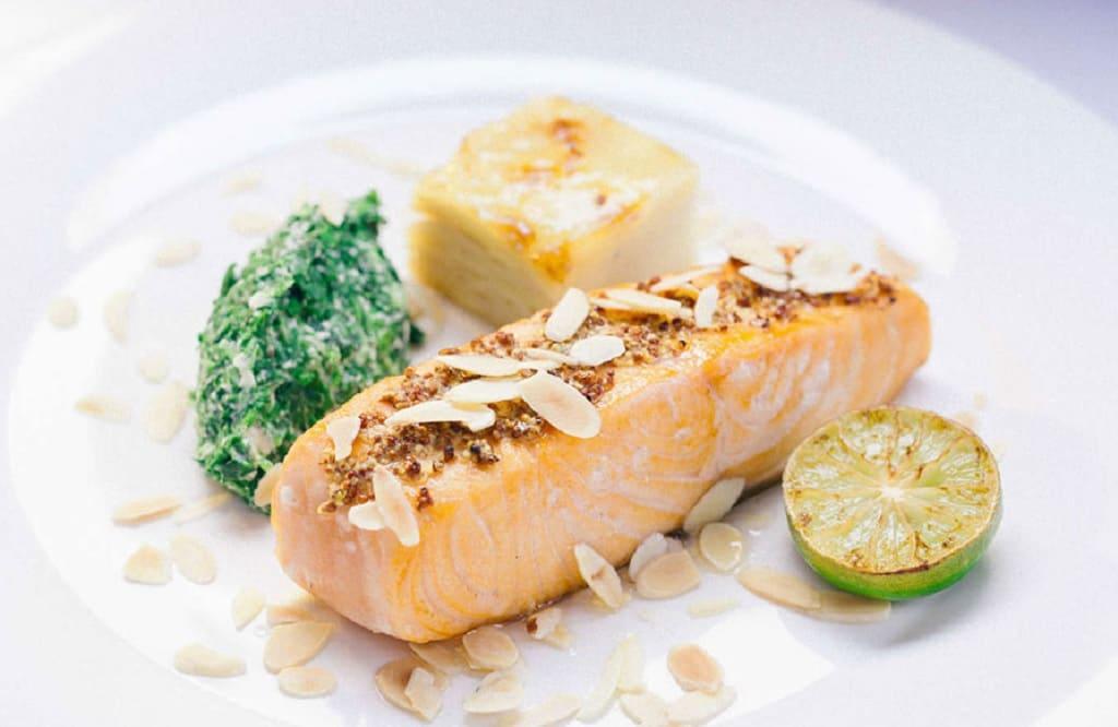 ماهی بخارپز به سبک هاوایی